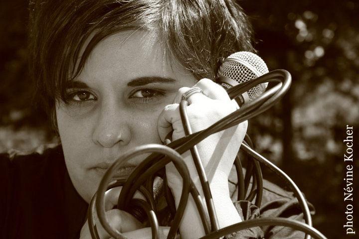 <b>Claudia Pereira</b> fait partie de cette nouvelle génération de chanteuses, ... - Claudiamic